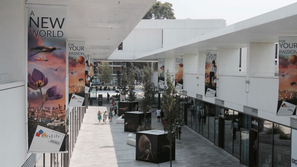 Promenade open air